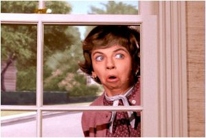 Gladys Kravitz Want you to sell your home