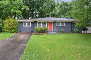 3267 Bonway Drive Decatur Meadowbrook Acres Belvedere Park Decatur House For Rent brick house painted