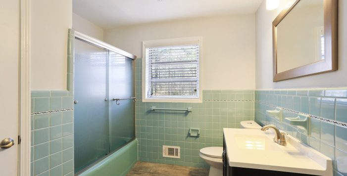 Bathroom with original Mid Century tile Collier Heights Kevin Polite HausZwei Homes Solid Source Realty, Inc.