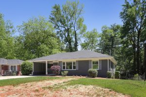 3197 Bonway Dr Decatur - HausZwei Homes